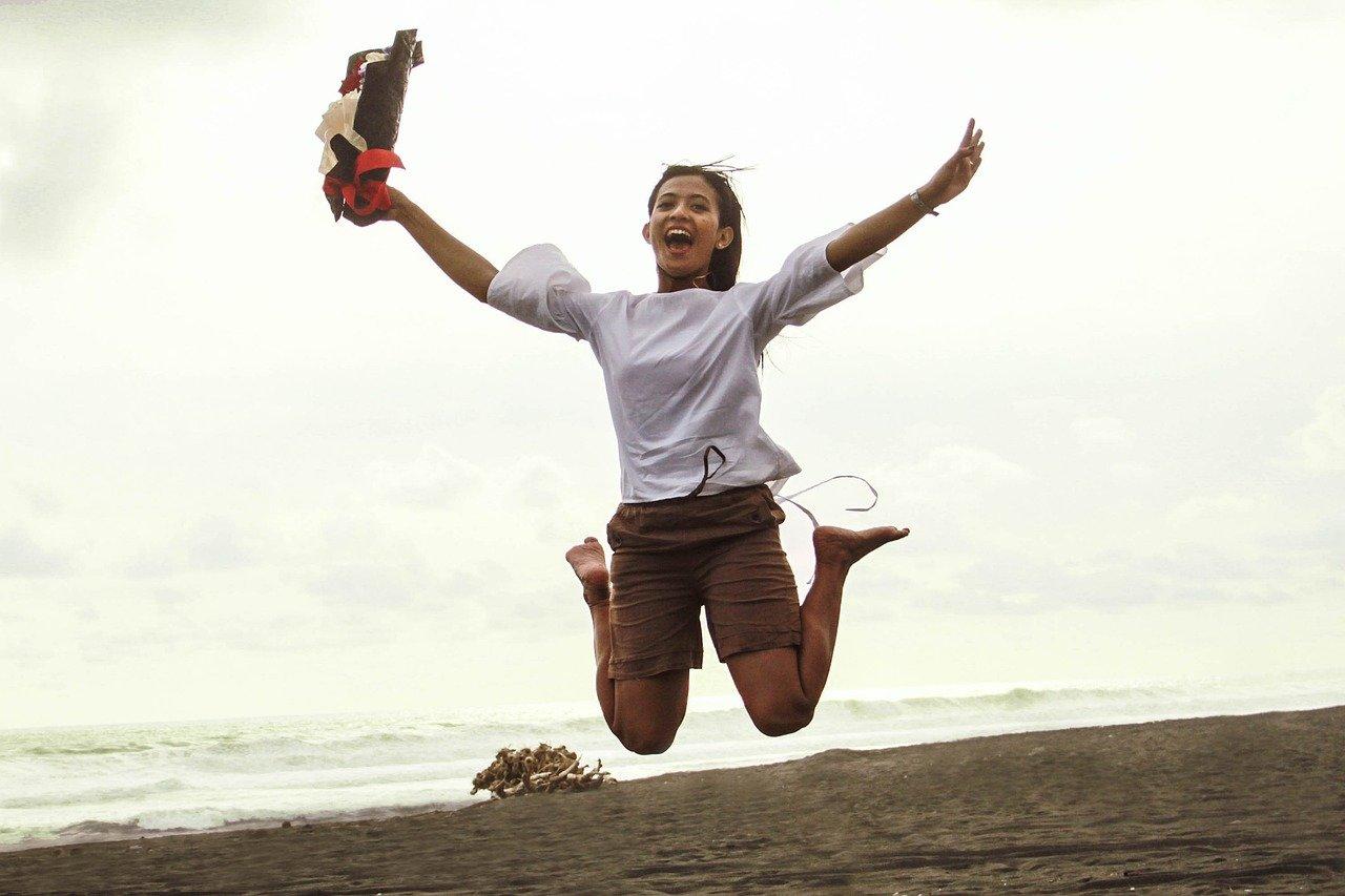 Girl Jump Happy Jumping Joy  - andreas_danang_a / Pixabay
